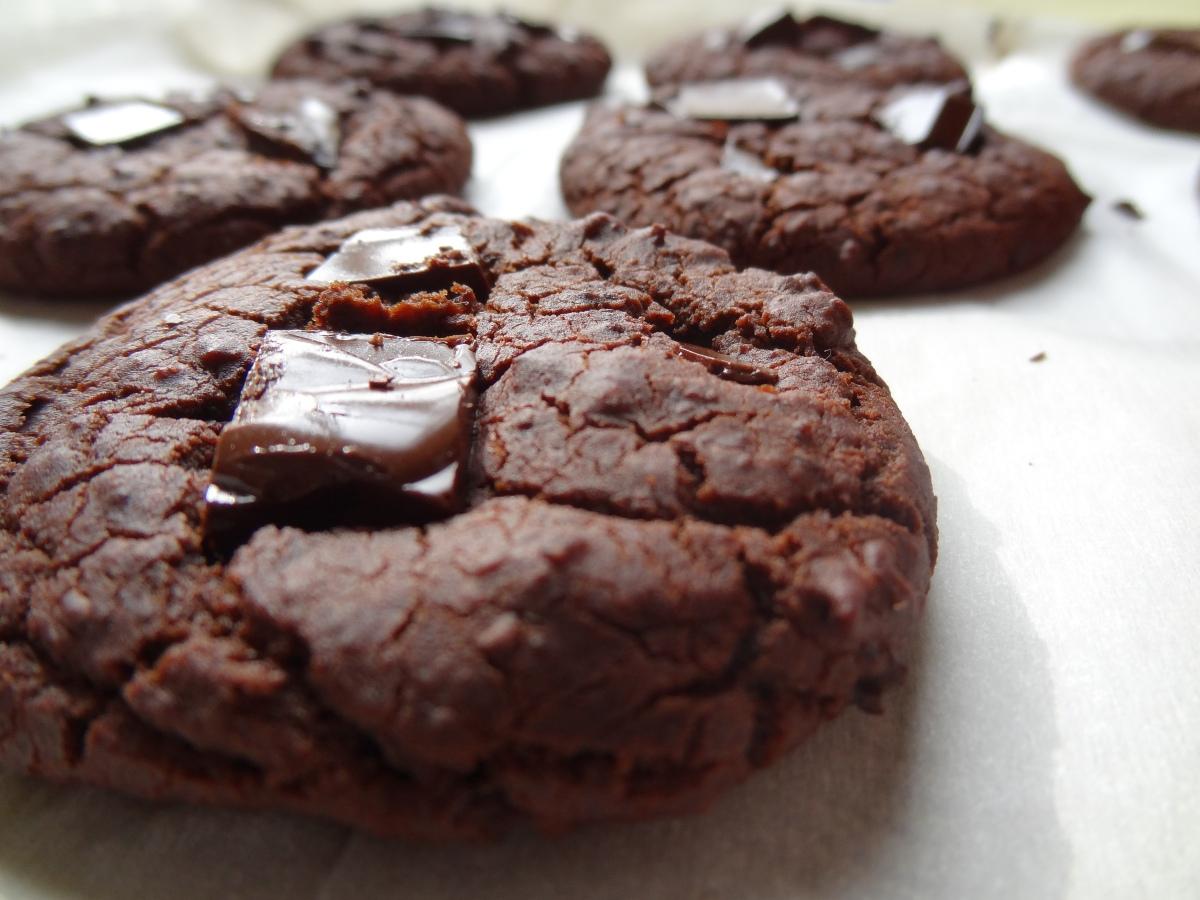 Ooey Gooey Gluten-Free Chocolate Cookies