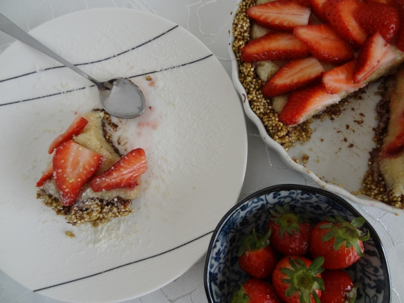 Tart, slice and strawberries